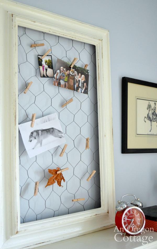 DIY chicken wire photo holder