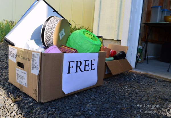 Garage Sale Tips: The Free Box - An Oregon Cottage