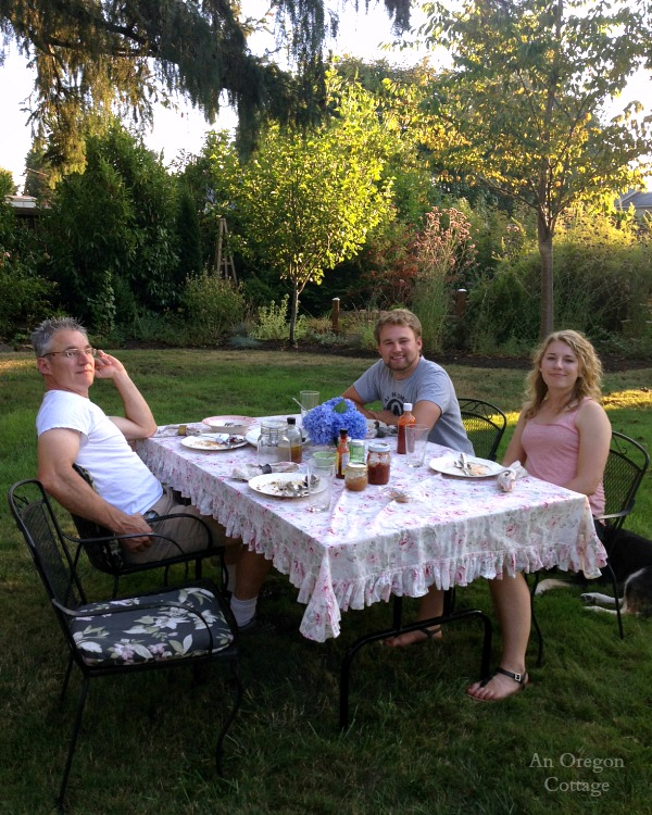 Late September Outdoor Meal - An Oregon Cottage