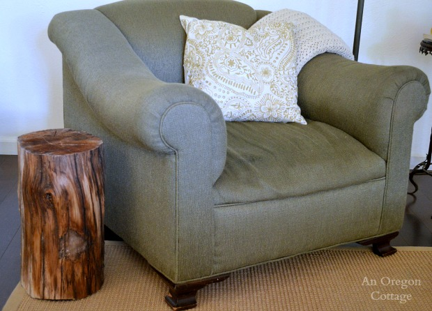Madrone Wood Stump Side Table - An Oregon Cottage