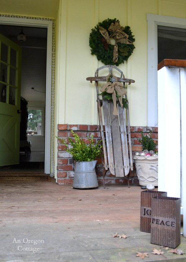 Simple Cottage Christmas Front Door