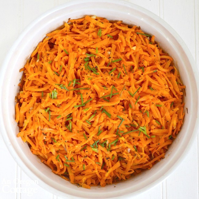Baked Grated carrots in bowl
