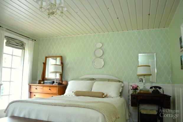 How to Stencil an Accent Wall-Trellis Bedroom Wall