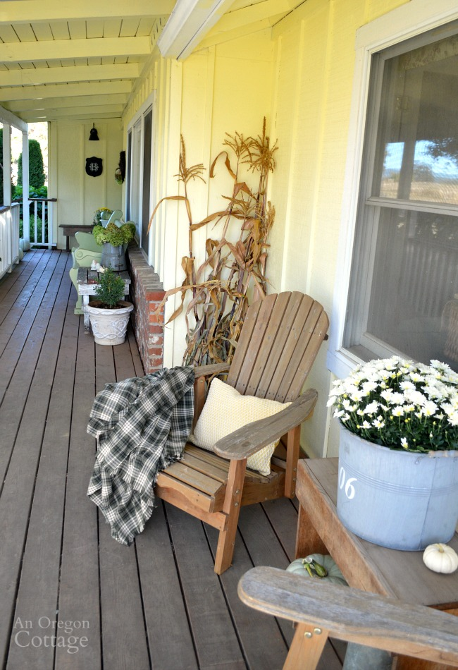 Easy Fall Porch Decorating using green, yellow, and white.