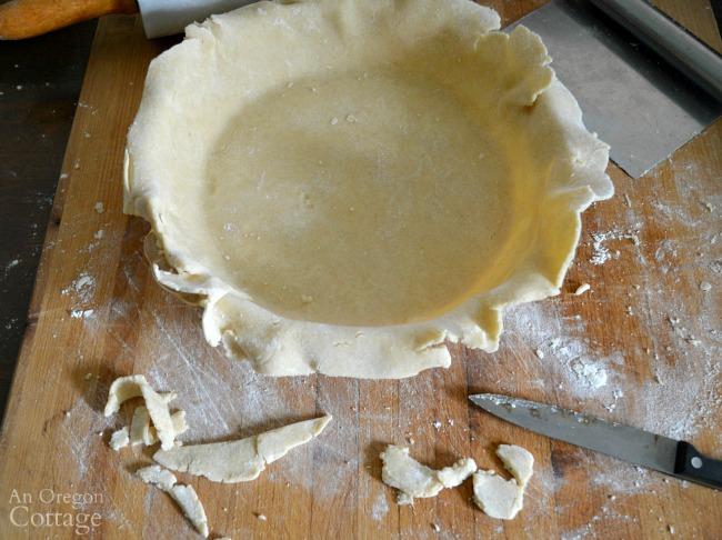 Best Homemade Pie Crust Tutorial-trimming