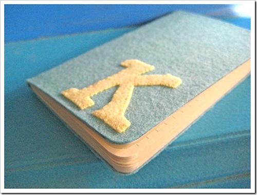 felt notebook tutorial via Everything Etsy