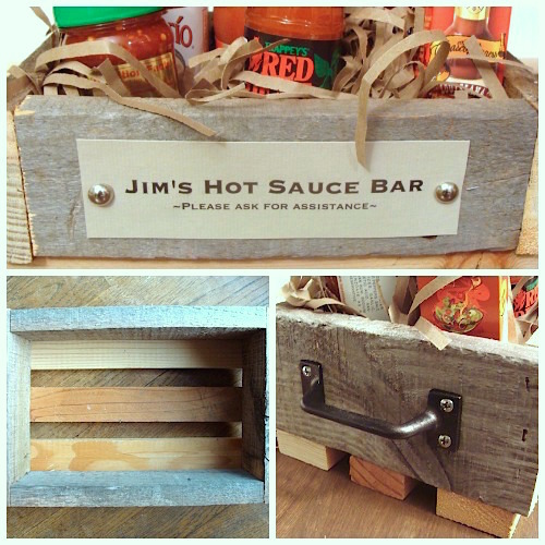 Hot Sauce Bar in Personalized Rustic Box