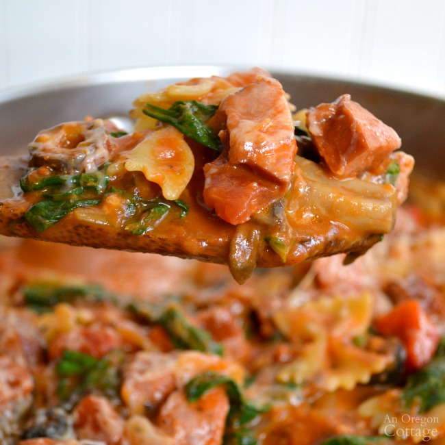 One Pot Italian Pasta with Sausage & Spinach-a delicious weeknight meal