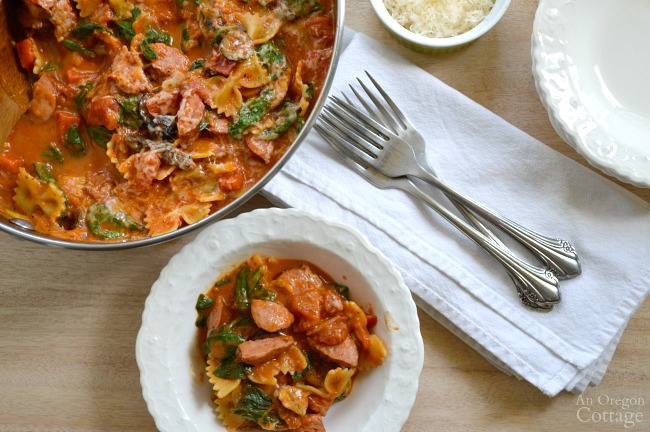 Weeknight One Pot Italian Pasta with Sausage & Spinach