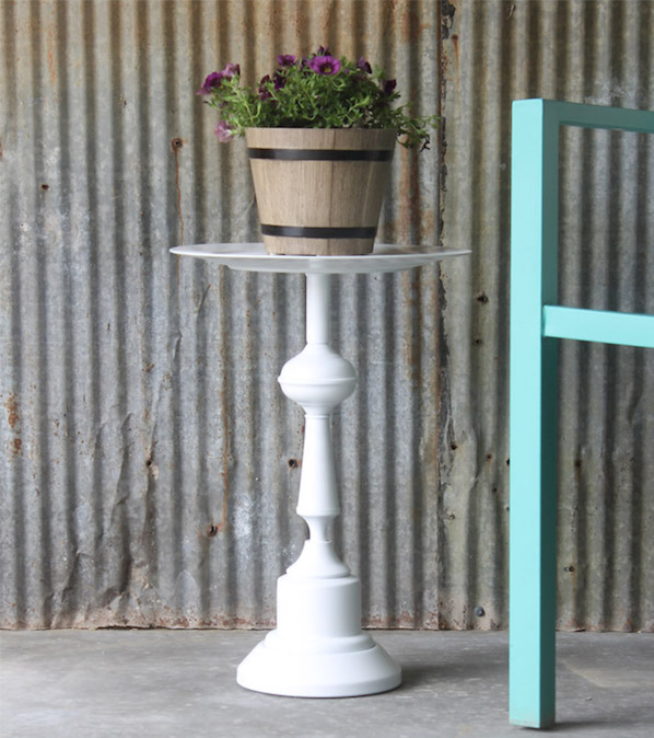 Upcycled garden: Lamp to side table upcycle project