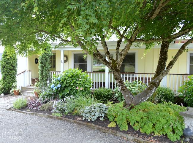 Garden Tour-Front Porch Garden