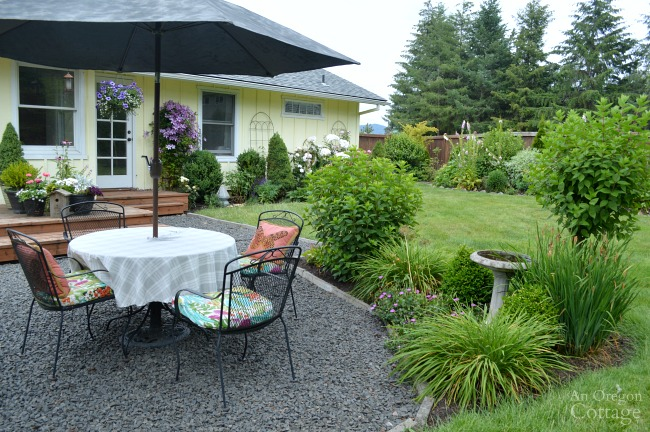 Garden Tour-dining patio