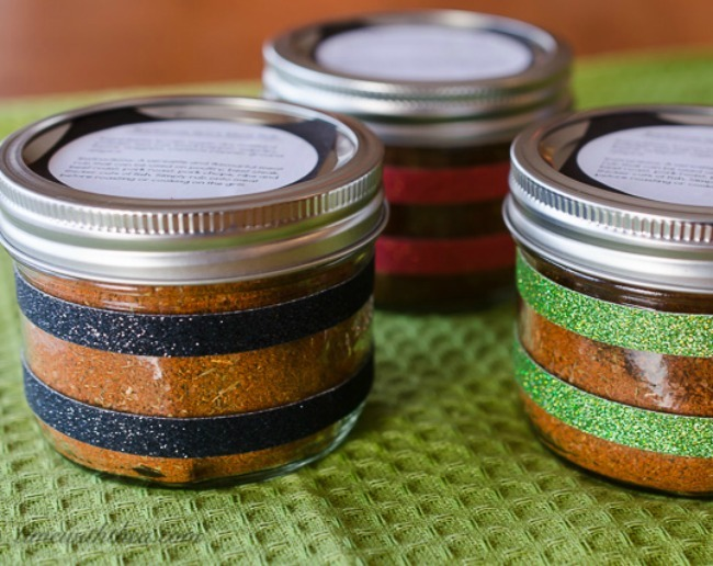 BBQ spice rub in jars
