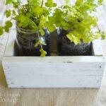 DIY Reclaimed Wood Box-Mason Jar gift