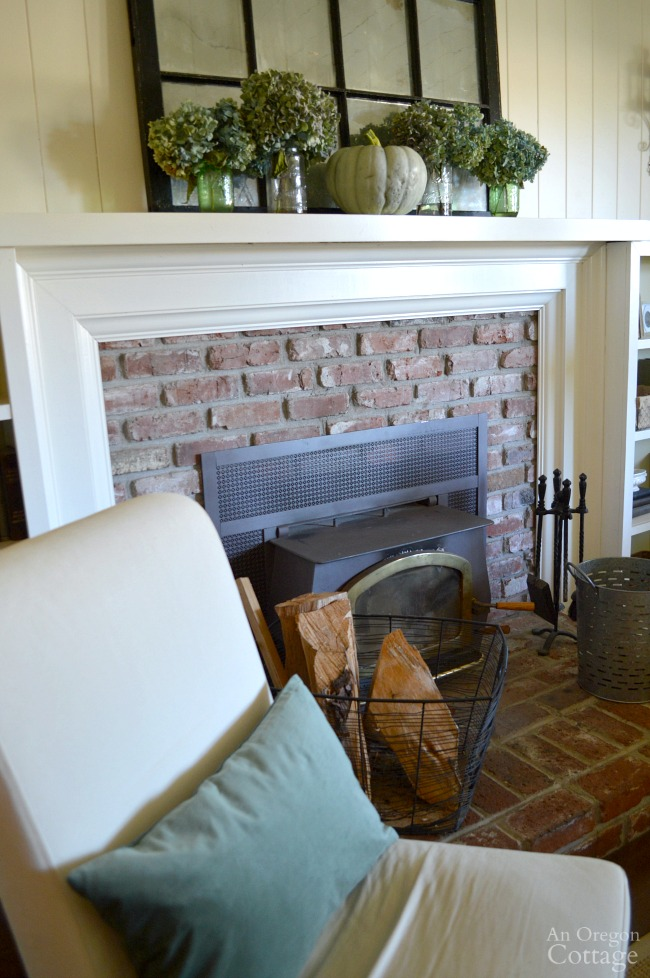 Simple Fall Decor Mantel and Hearth
