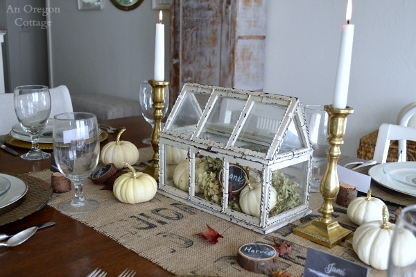 Rustic and gold Thanksgiving table centerpiece