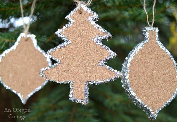 glittered-cork-christmas-ornaments