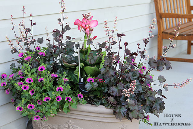 Summer-Porch-Planter via House of Hawthornes