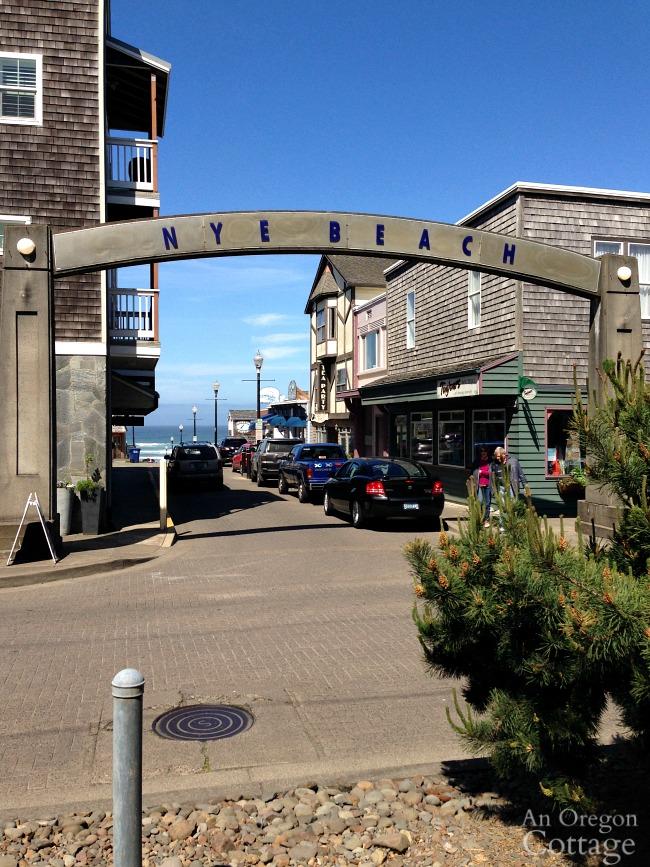 Three things: Nye Beach, Newport Oregon