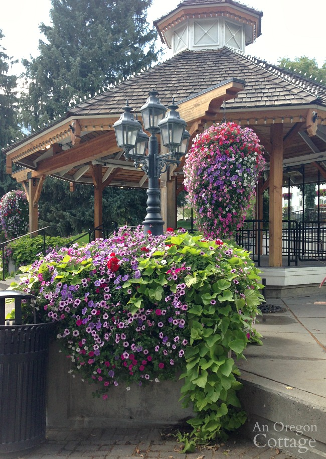 Leavenworth WA flowers-gazebo