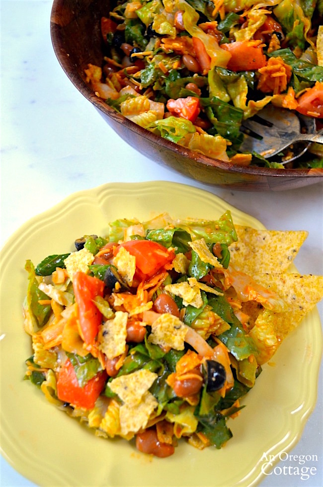 Tex-Mex Salad with beans and chips