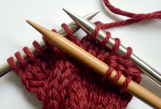 Knitted cable ear warmer headband step3