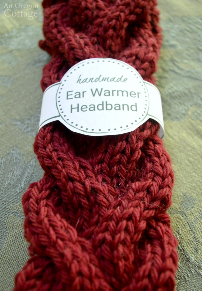 Circle printable gift labels for knitted ear warmers