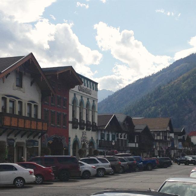 Leavenworth Washington main street shops