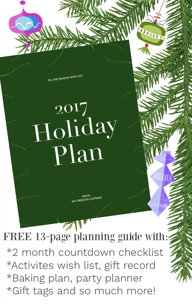 13-page 2017 Free Holiday Plan to help you stress less and enjoy the season more! #christmas #planner #holiday #freeprintable