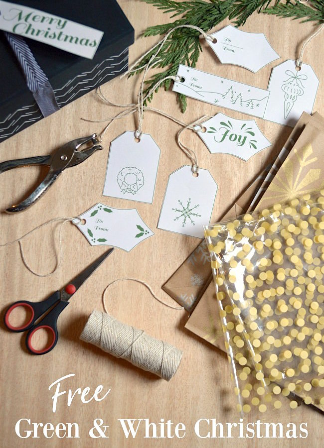 Free green and white Christmas gift tags for boxes and bags.
