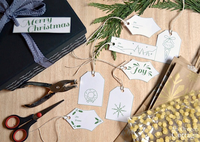 Green and White Christmas Gift Tags