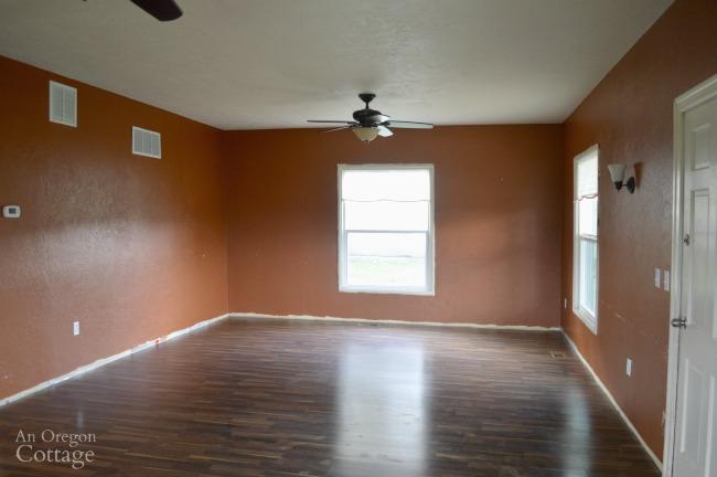 Farmhouse Fixer living room