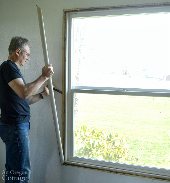 Window Trim DIY-Removing old window molding