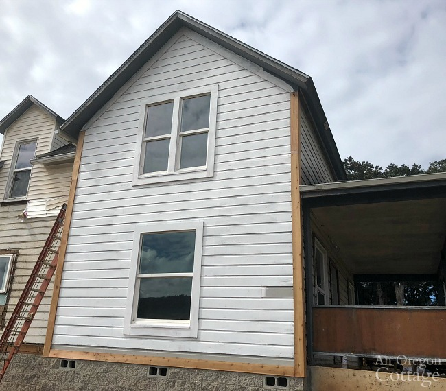Farmhouse fixer exterior side finished
