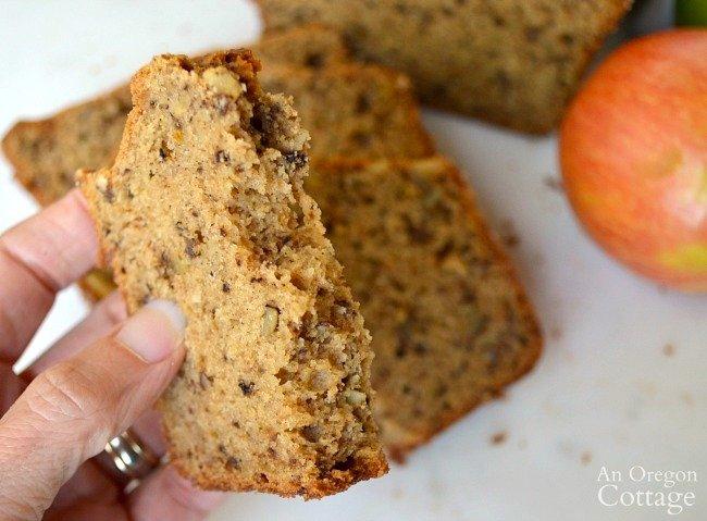 Applesauce and Spice Bread Recipe piece