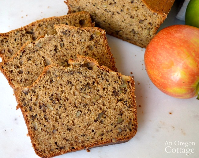 Applesauce and Spice Bread Recipe slices
