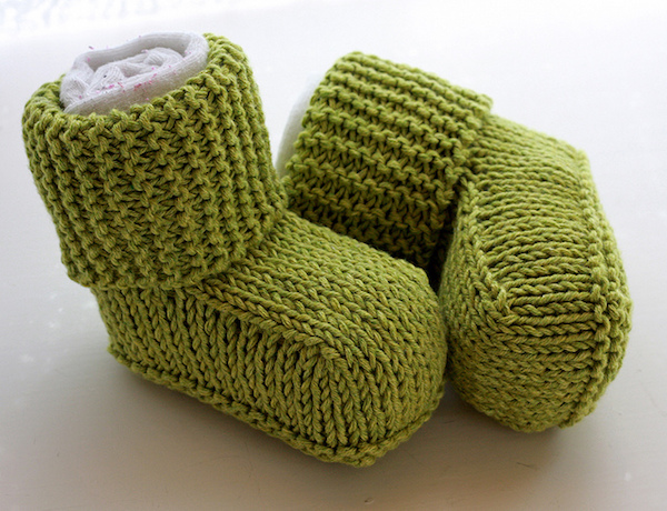 Baby Uggs knitted booties-Ravelry