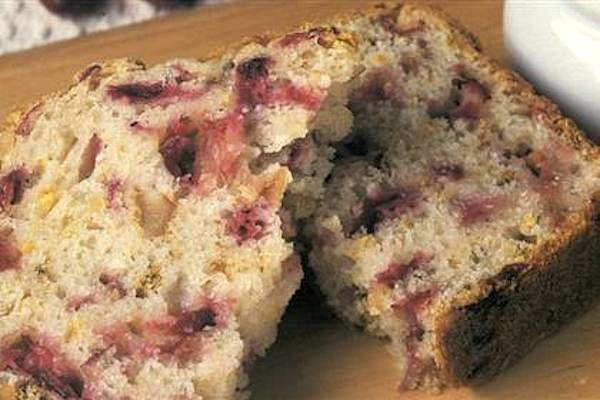 Quick Cranberry Nut Bread slice