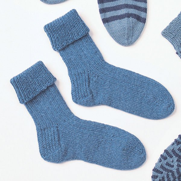 classic ribbed knit socks for kids-Yarnspirations