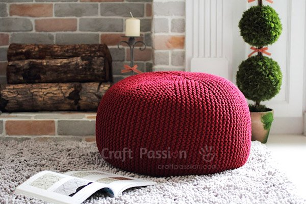 cozy-knit-pouf-Craft Passion