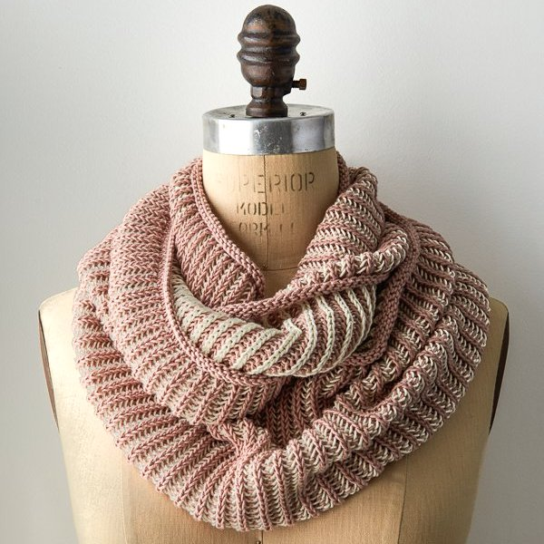 Knitted two-color-cotton-cowl-Purl Soho