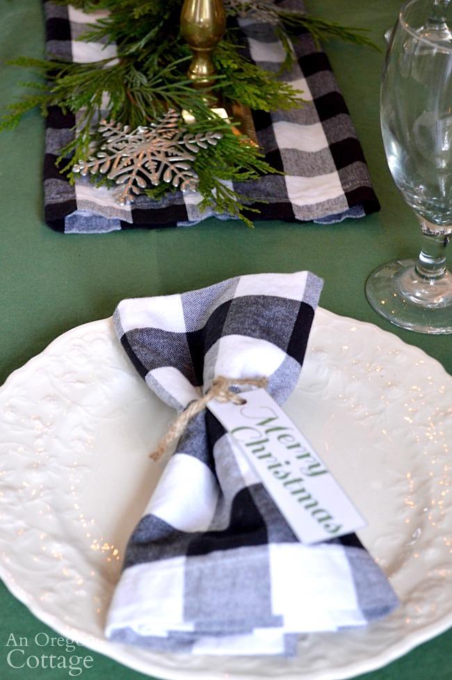 Green-Buffalo plaid Christmas Decor-napkin and tag