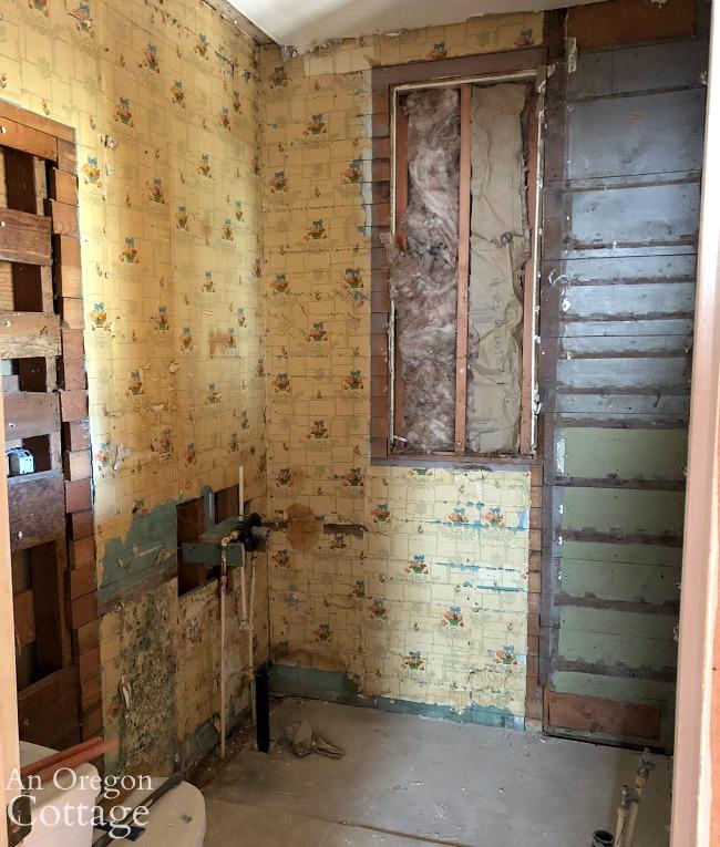 Farmhouse bathroom wood walls-wallpaper