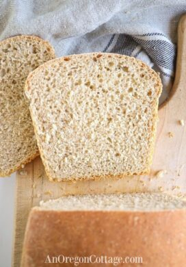 soft sourdough sandwich bread_featured image
