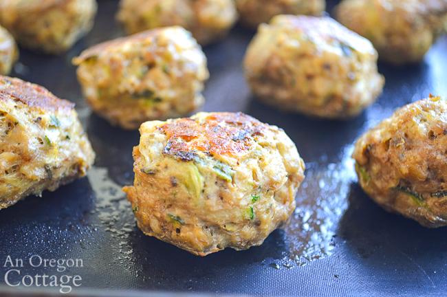 cooked zucchini meatballs close