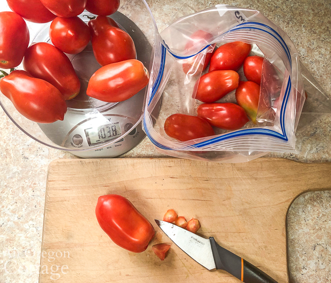 Coring tomatoes to freeze