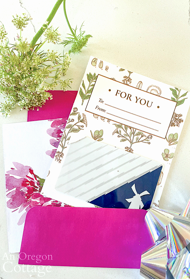 Floral gift card holder in card