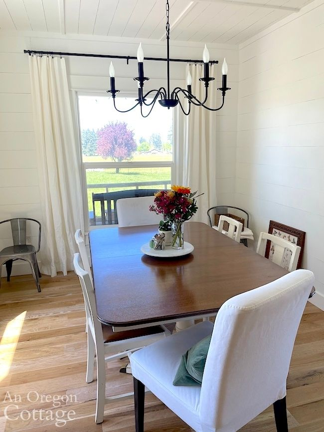 dining room with curtains